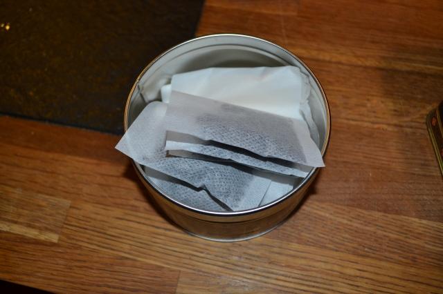 Lika bra att packa lite teer också! Jag packade det grymma Earl of Organic i tepåsar som åker med också. Kan ju vara gott med en kopp te när lillen kommer väcka oss mitt i natten och vara hungrig! :)