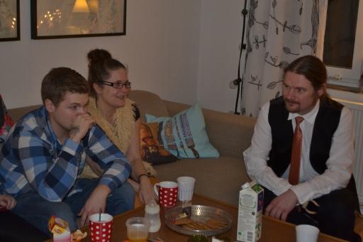 Vi åkte på adventsmiddag hos mormor Inger på Tomtegatan (!) den 22/12 och innan middagen samlades vi först för lite fika-mys hos Liv & Anders