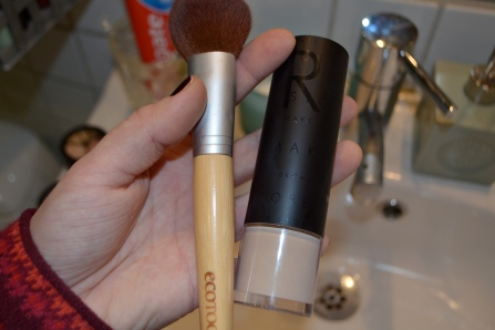 When applying foundation I've tried IT ALL - but what works best for me is this. An awesome foundation (MUS MILK) and a powderbrush made of real hair. By using a real hair brush I can create an even, smooth look that appears to be flawless and it's really easy to apply.