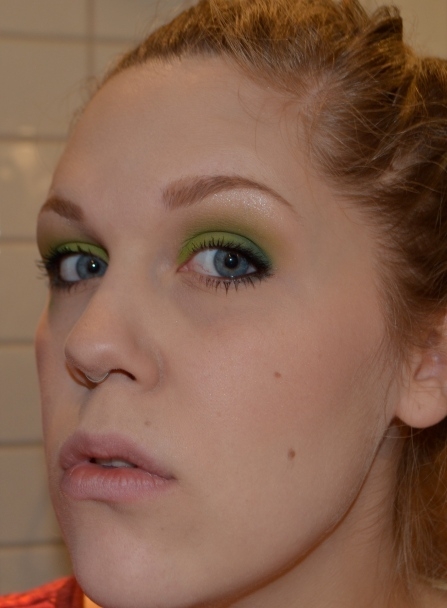 Cleargreen looks great with my blue eyes! It really brings out the color and I love a really strong eye!
