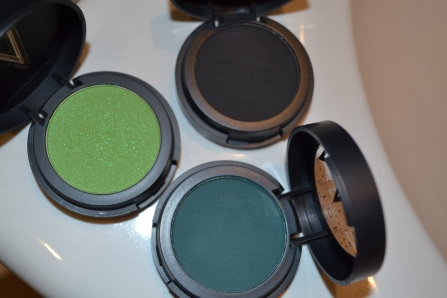 "These are the colors I'll be using today. ""pollution"", ""ink"" and ""eclipse"""